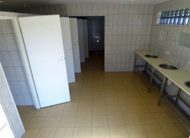 Sanitair-gebouw07
